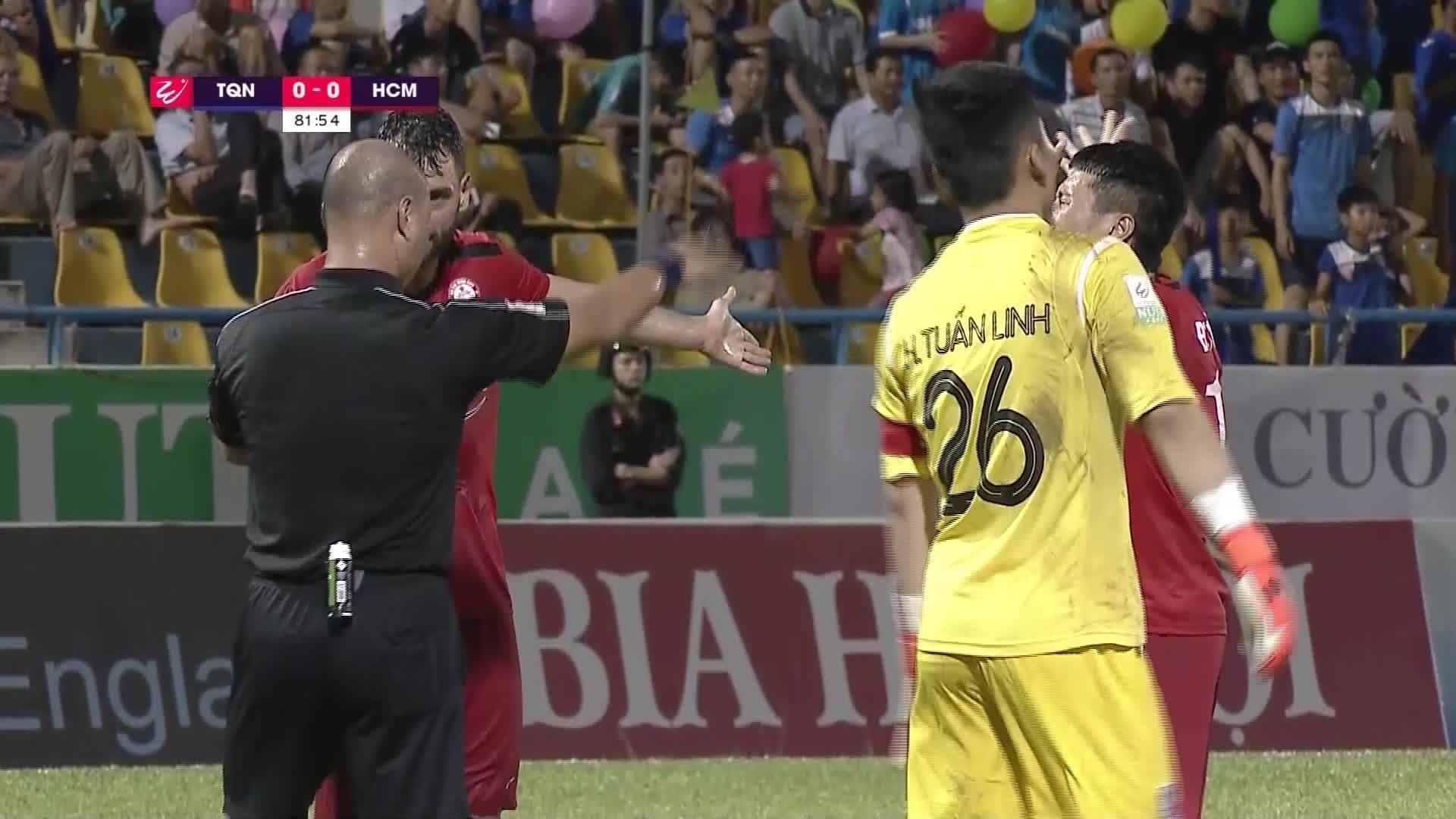 Quảng Ninh 1-0 TP HCM