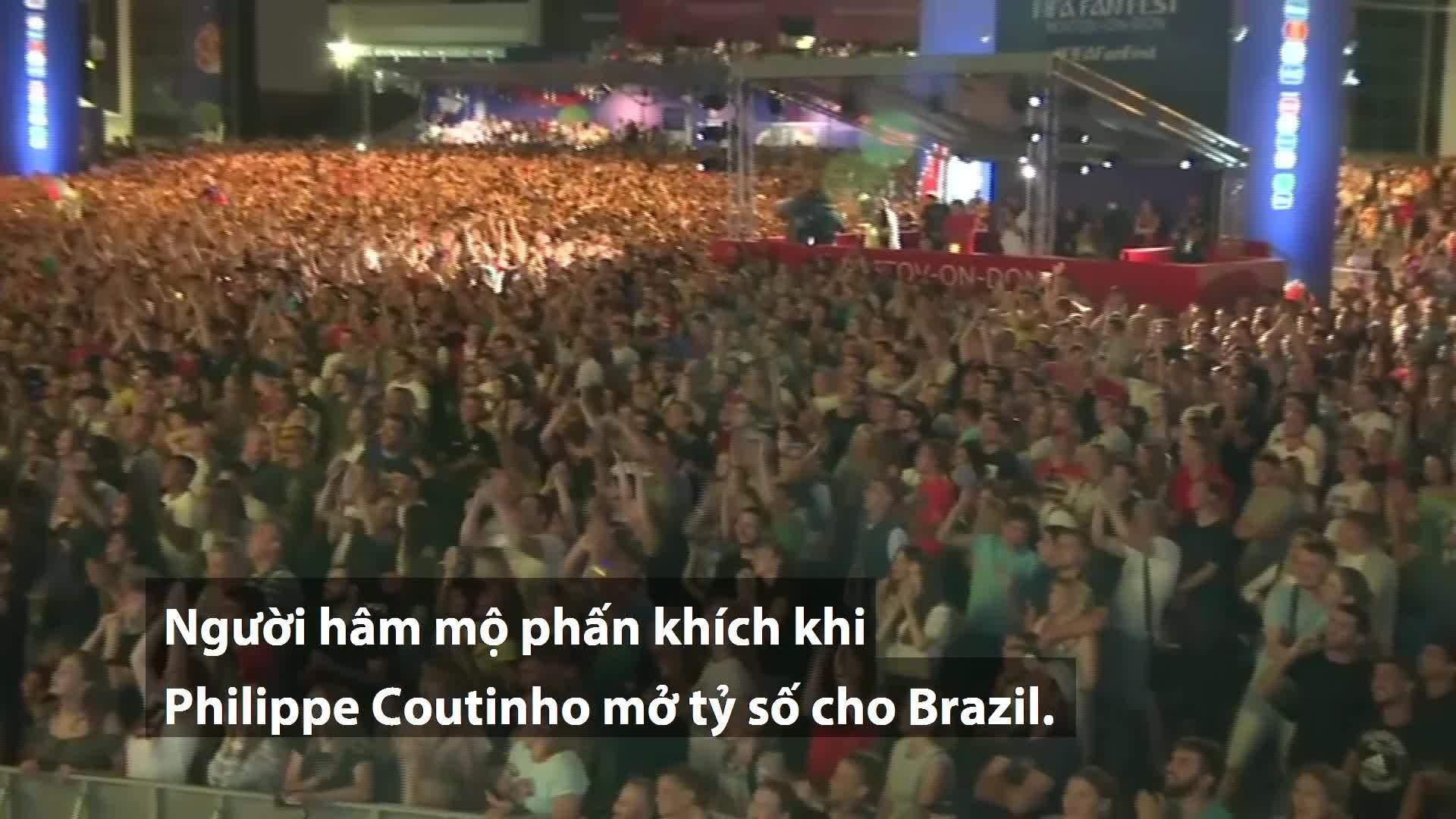 CĐV ở Rostov phấn khích sau khi Thụy Sĩ cầm hòa Brazil
