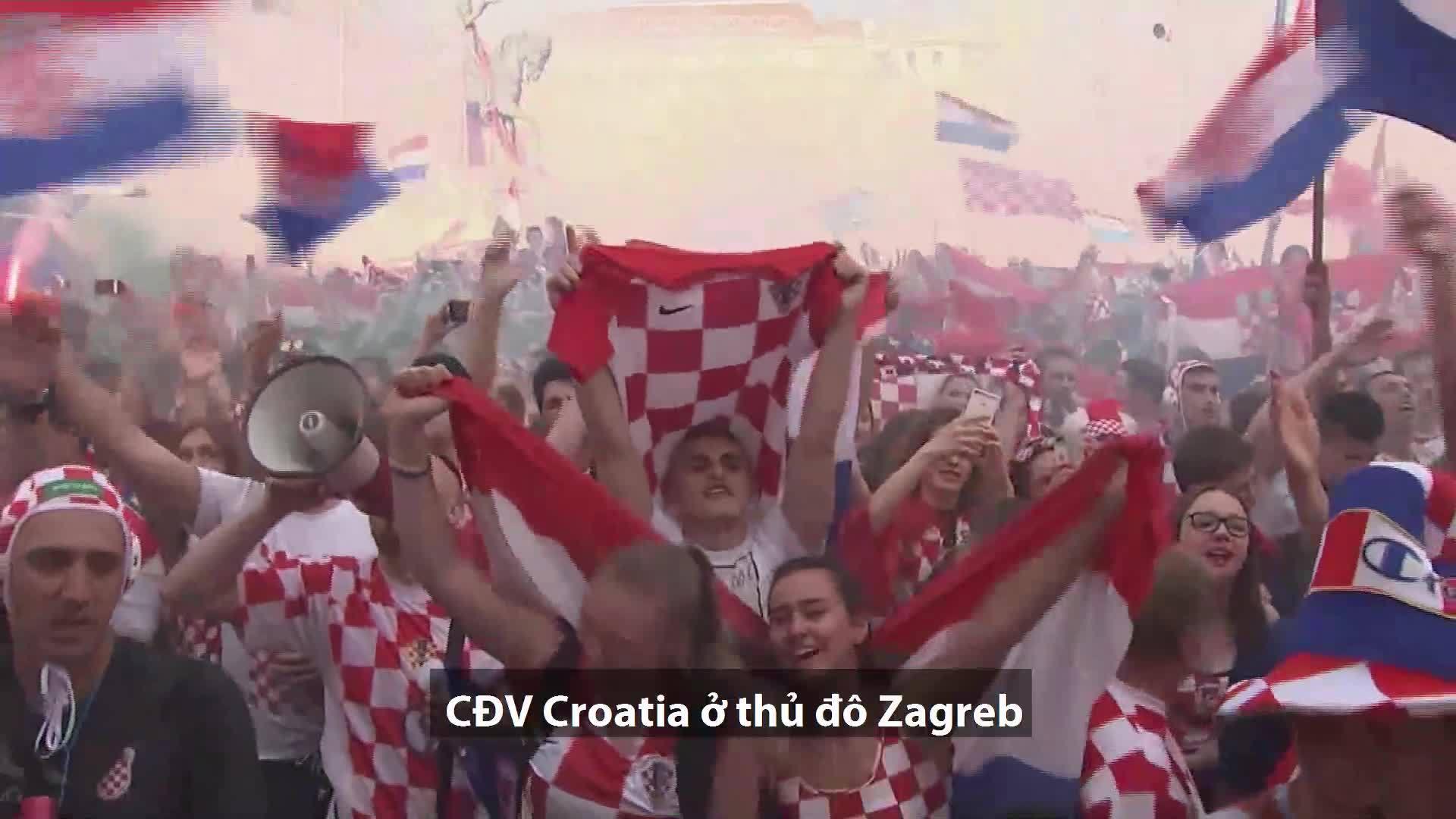 Người hâm mộ Croatia nghẹn ngào tại Zagreb