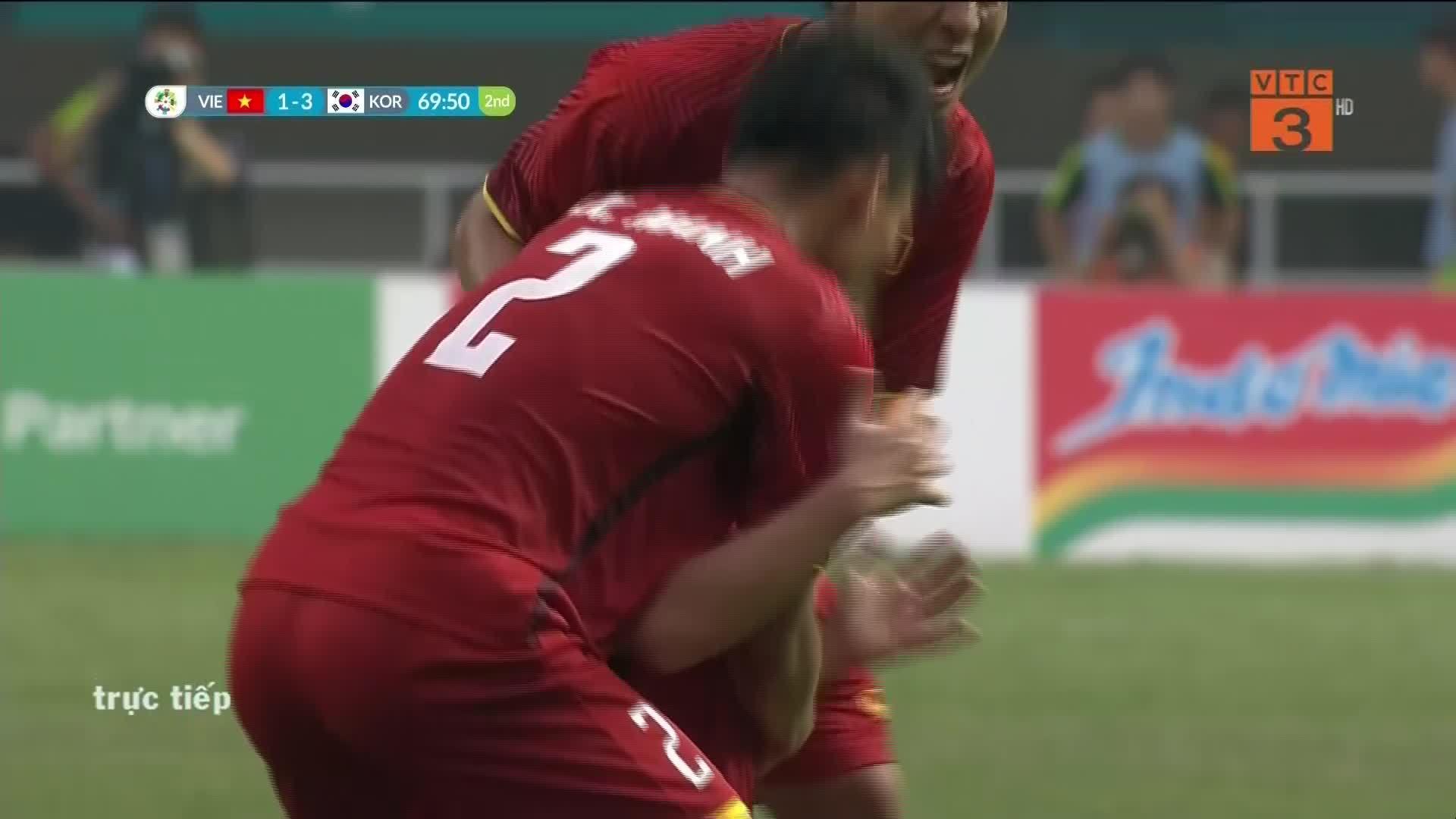 Việt Nam rút ngắn tỷ số còn 1-3