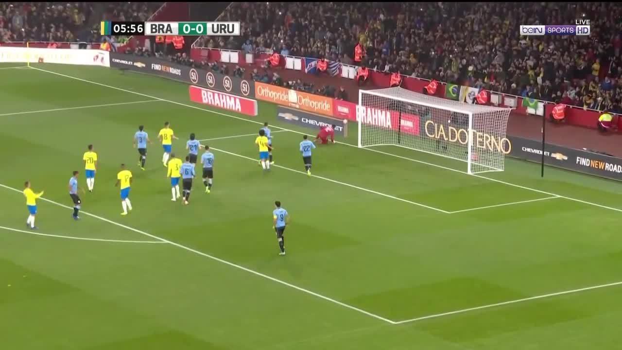 Uruguay 0-1 Brazil