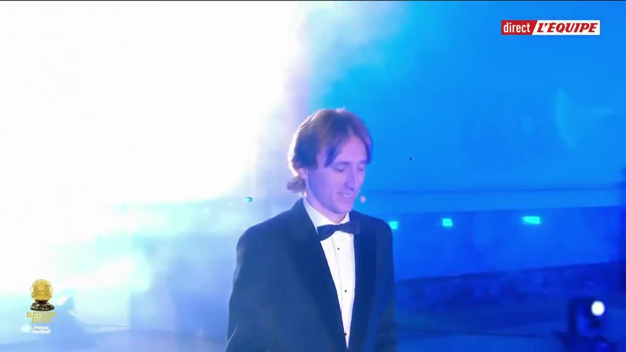 Modric đoạt Quả Bóng Vàng 2018