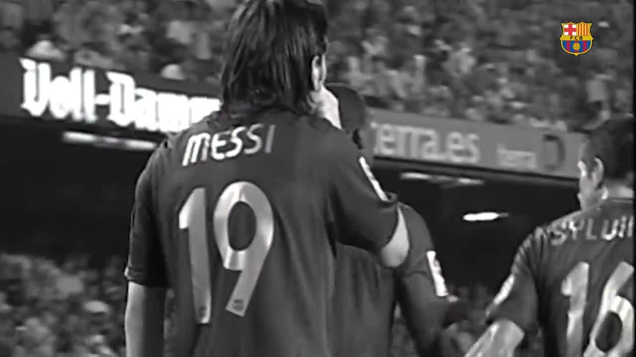 19 bàn thắng đẹp nhất của Messi khi còn khoác áo số 19