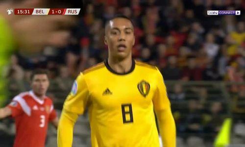 Sai lầm của thủ môn Bỉ