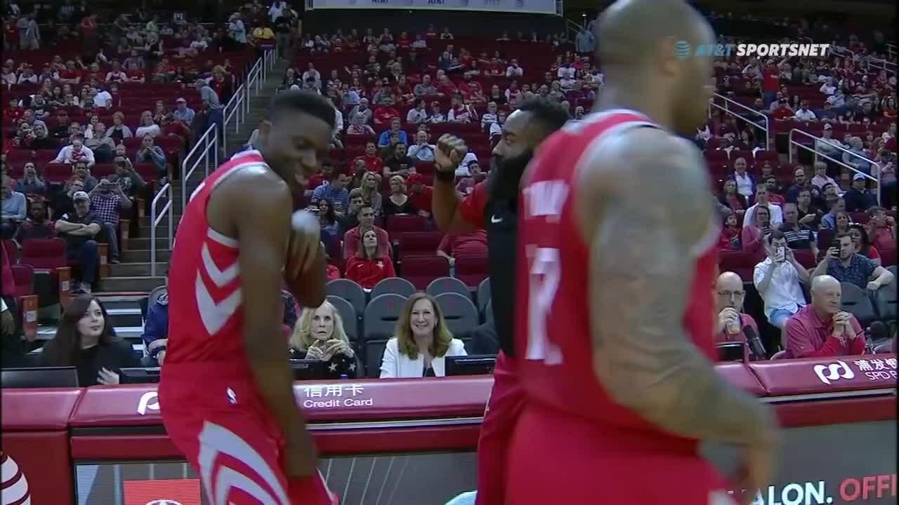 27 quả ba điểm của Rockets trong trận gặp Suns