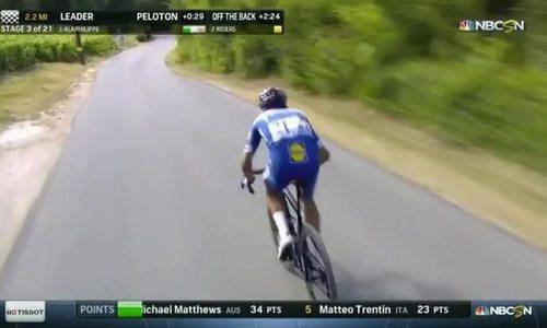VĐV xe đạp với màn núp gió