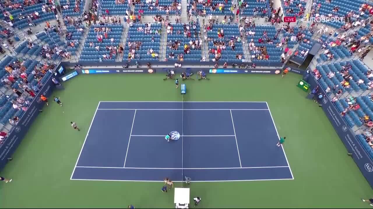Roger Federer 2-0 Juan Ignacio Londero