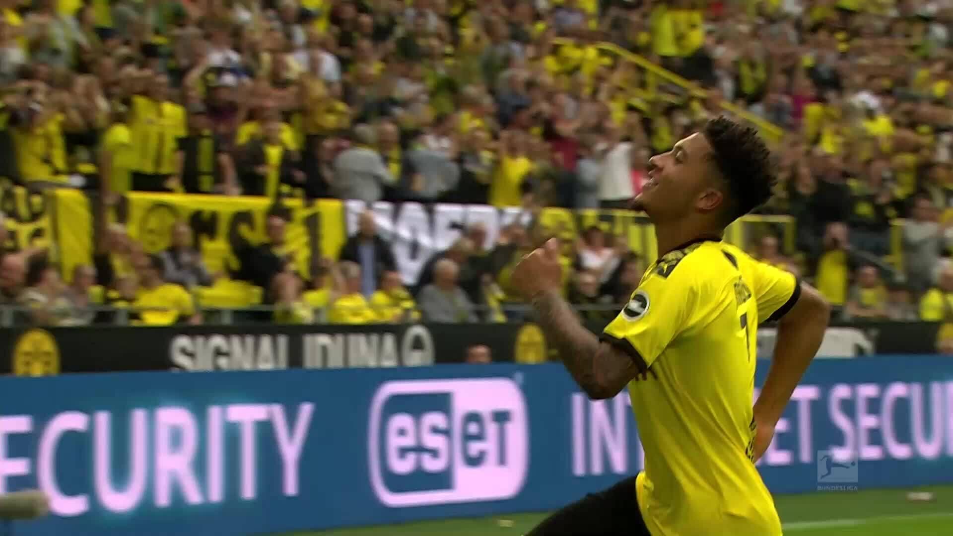 Top 5 bàn thắng vòng một giải Bundesliga