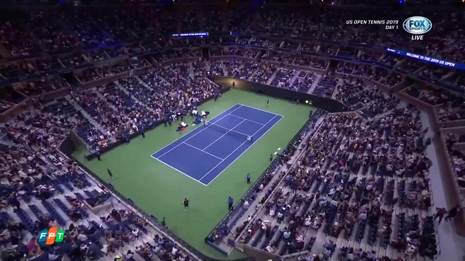 Roger Federer 3-1 Sumit Nagal