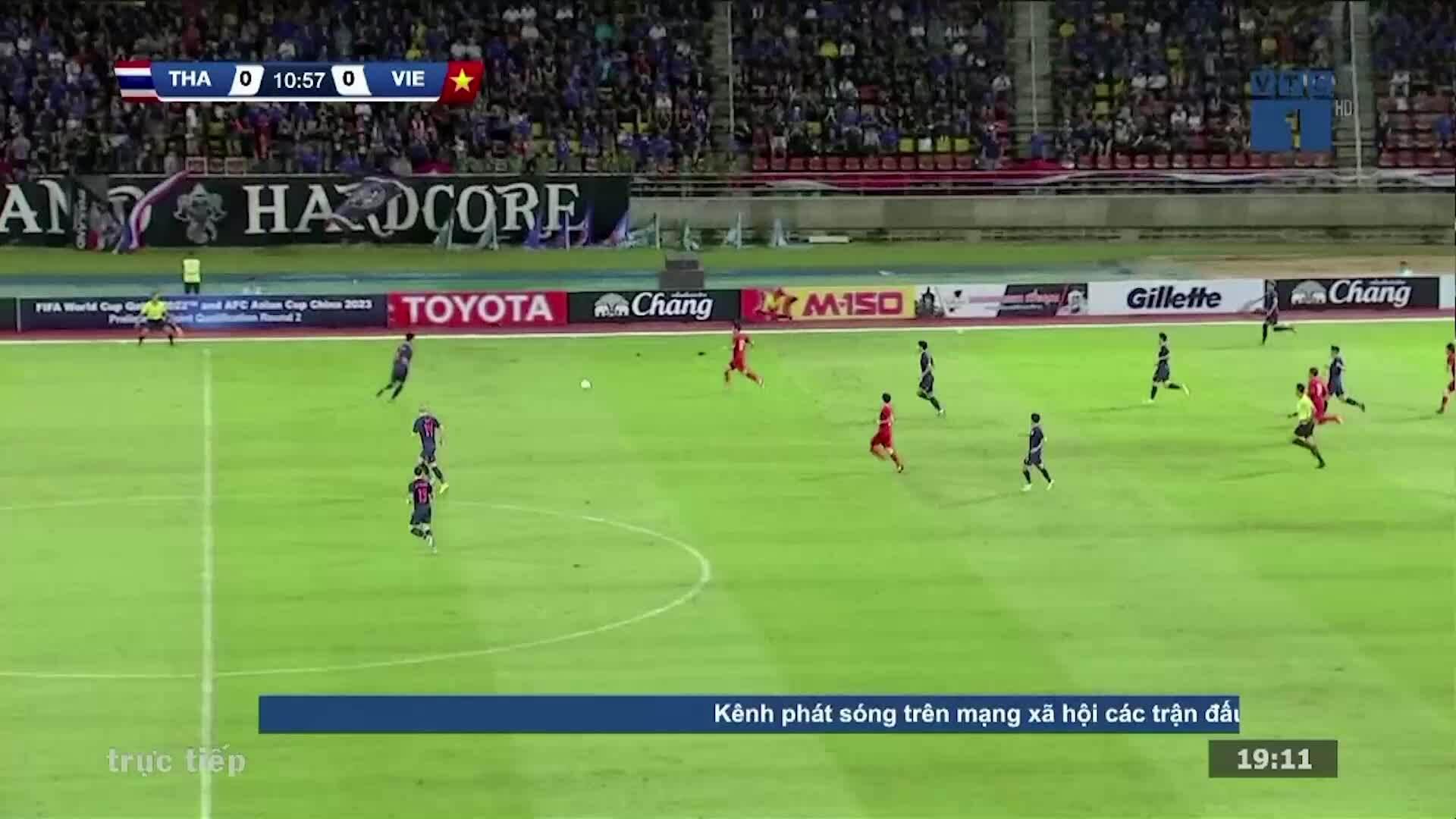 Những pha vào bóng thô bạo của tuyển Thái Lan