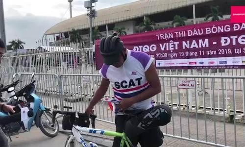 CĐV Thái đạp xe 1.400 km sang Hà Nội cổ vũ đội nhà