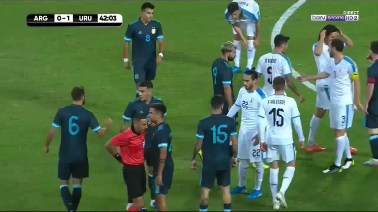 Cavani - Messi