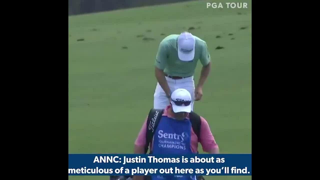 Golfer bẩn quần sau cú đánh