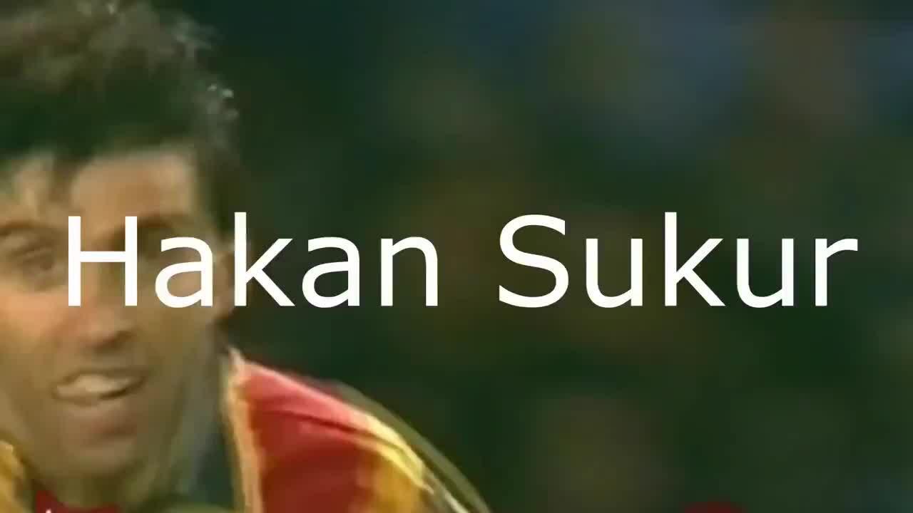 Hakan Sukur chạy Uber kiếm sống