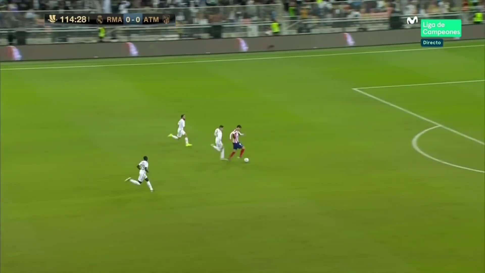 Pha phạm lỗi của Valverde