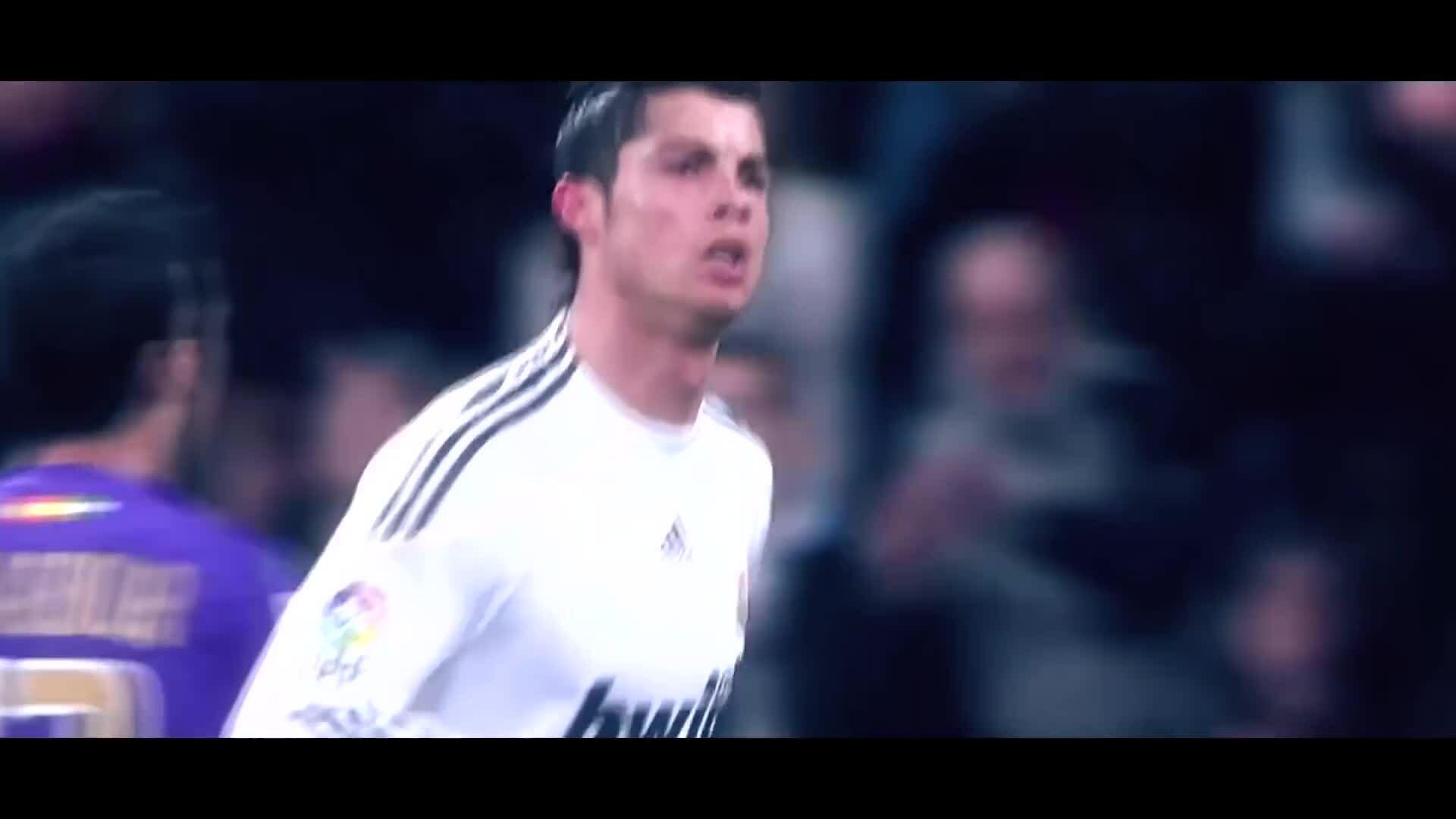 Những bàn thắng đẹp của Ronaldo trong 10 năm qua