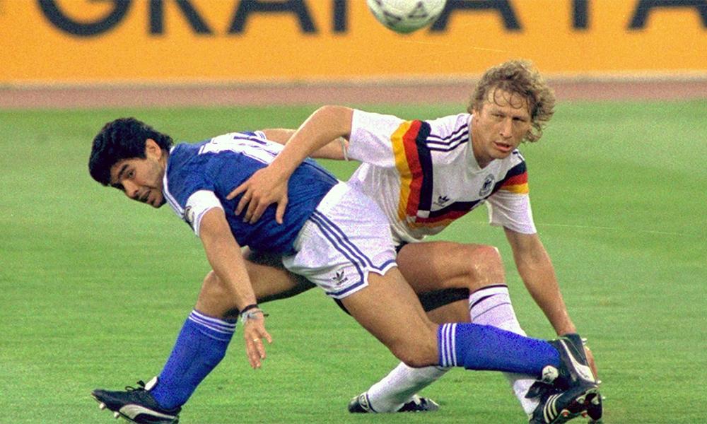 Maradona trong trận chung kết World Cup 1990