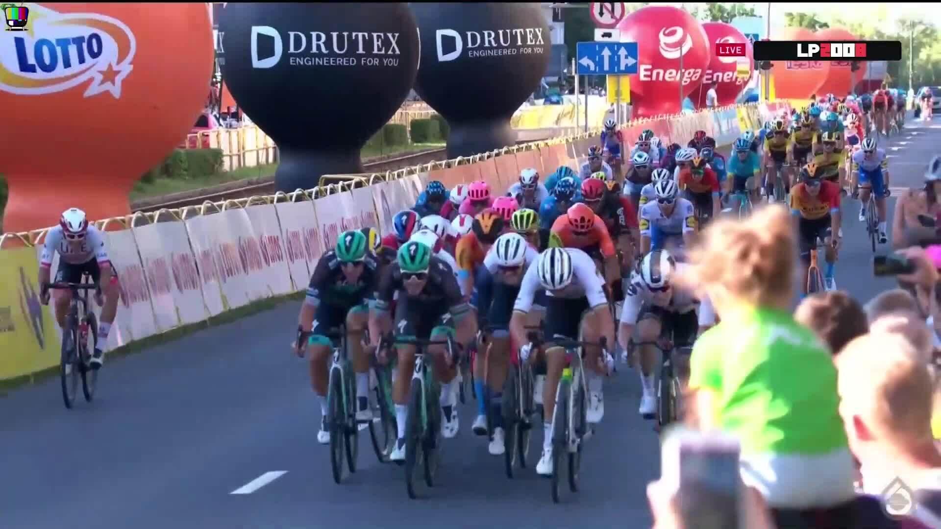 Sự cố cán đích tại giải Tour of Poland 2020