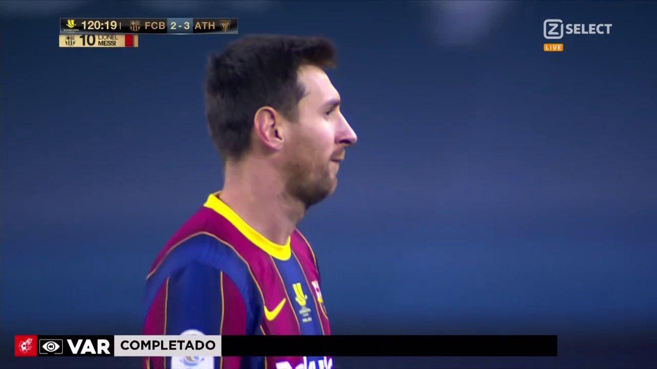 Messi menerima kartu merah pertama dalam karirnya