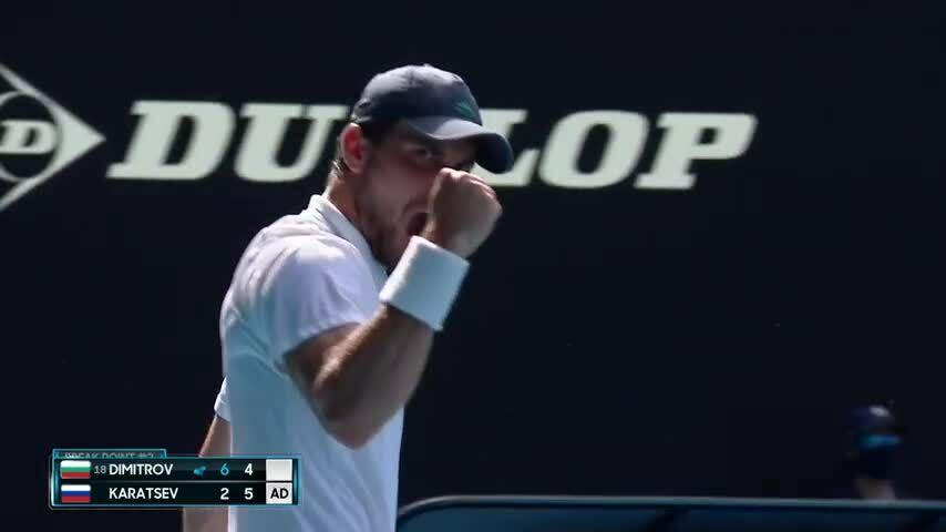 Karatsev vào bán kết ngay lần đầu dự Grand Slam