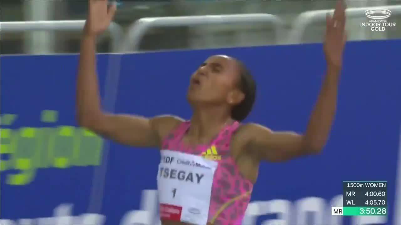 Gudaf Tsegay mencetak rekor lari 1.500 meter di dalam ruangan