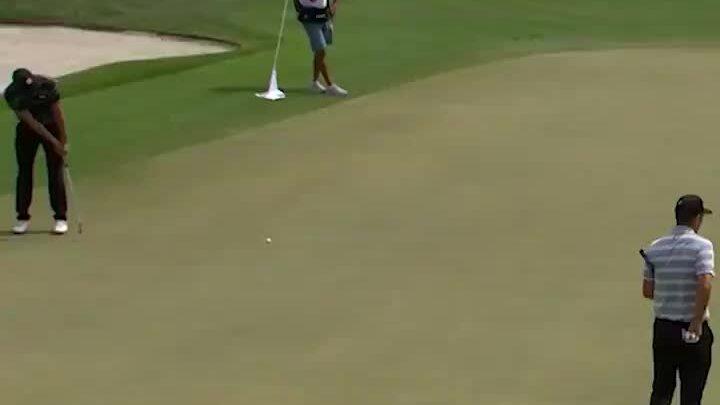 Spieth's 9.7-meter putt in the par4 3 hole