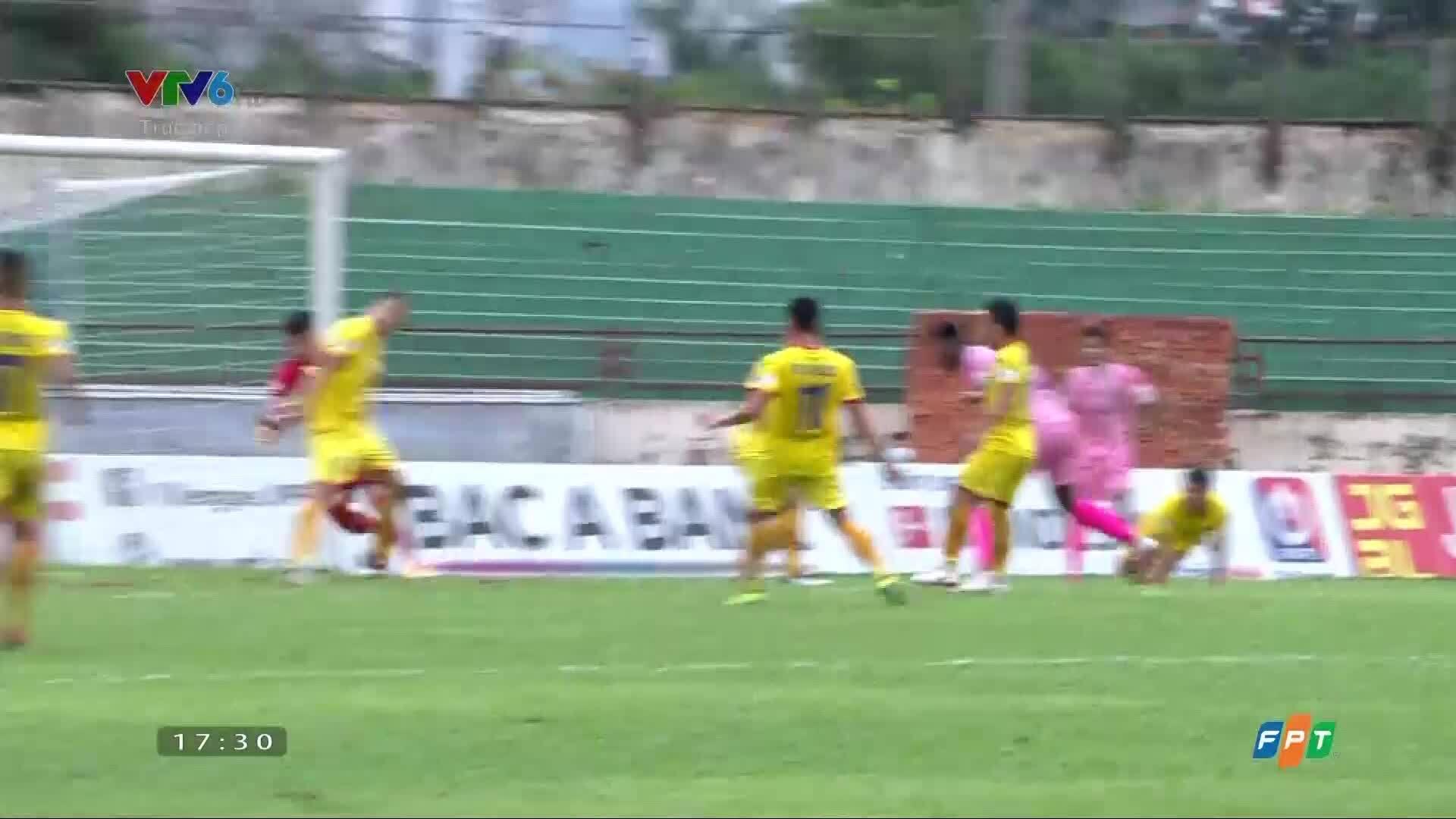 SLNA 0-2 Ha Tinh
