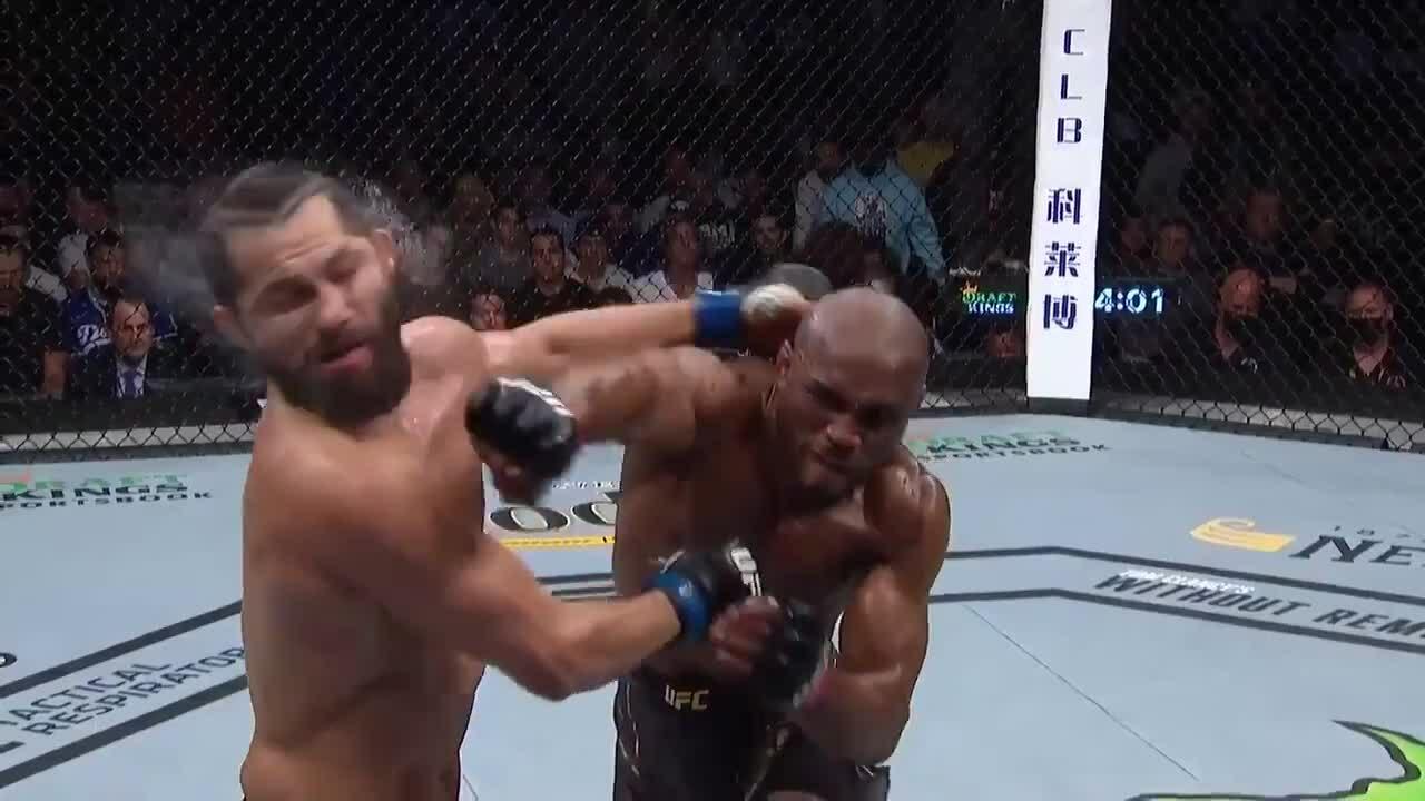 Kamaru Usman knocked Jorge Masvidal unconscious