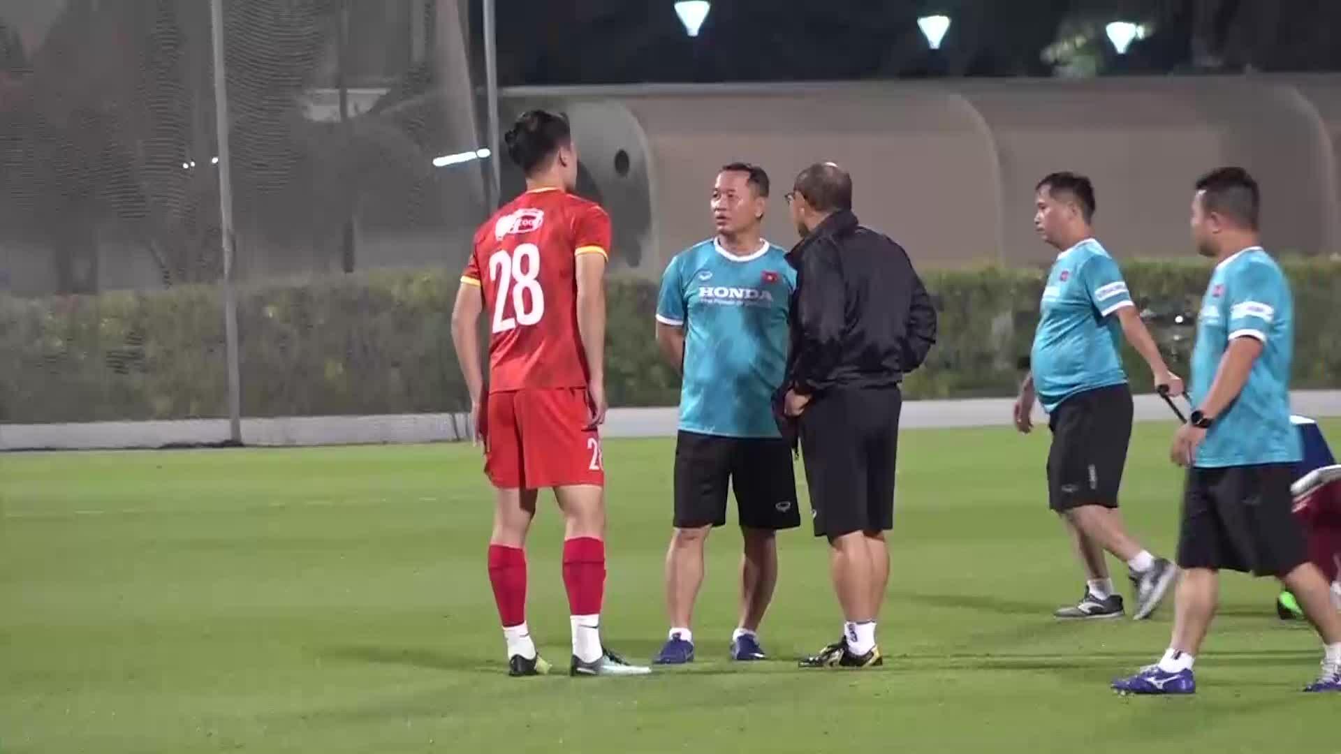 Đình Trọng và Minh Vương trở lại tập luyện