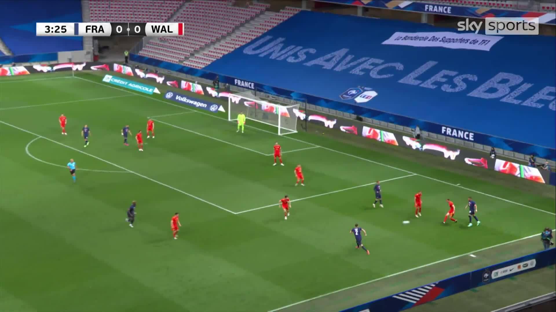 Pháp 3-0 xứ Wales