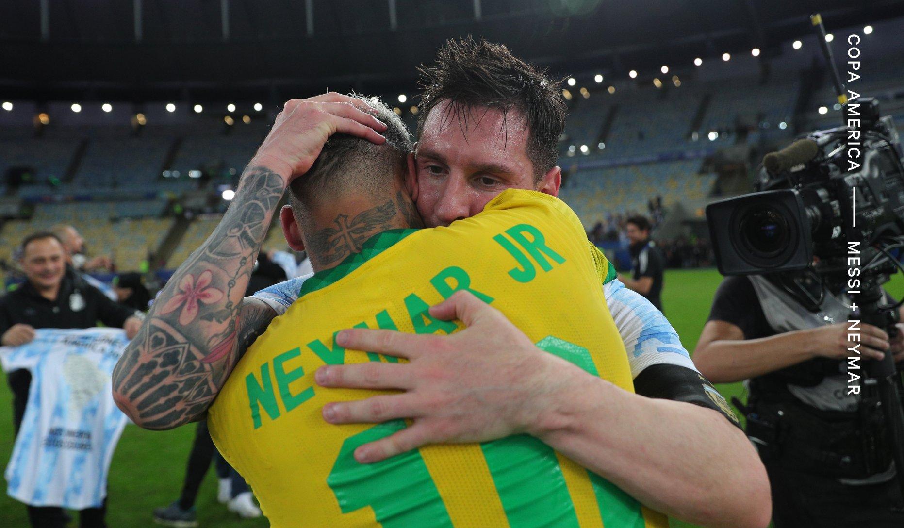 เนย์มาร์แสดงความยินดีกับเมสซี่