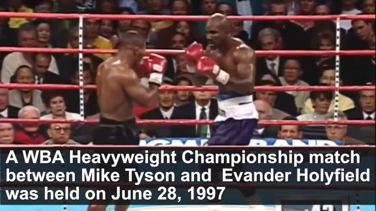 Tyson cắn tai Holyfield năm 1997