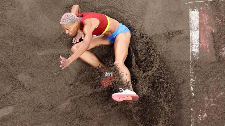 VĐV Venezuela phá kỷ lục thế giới nhảy ba bước