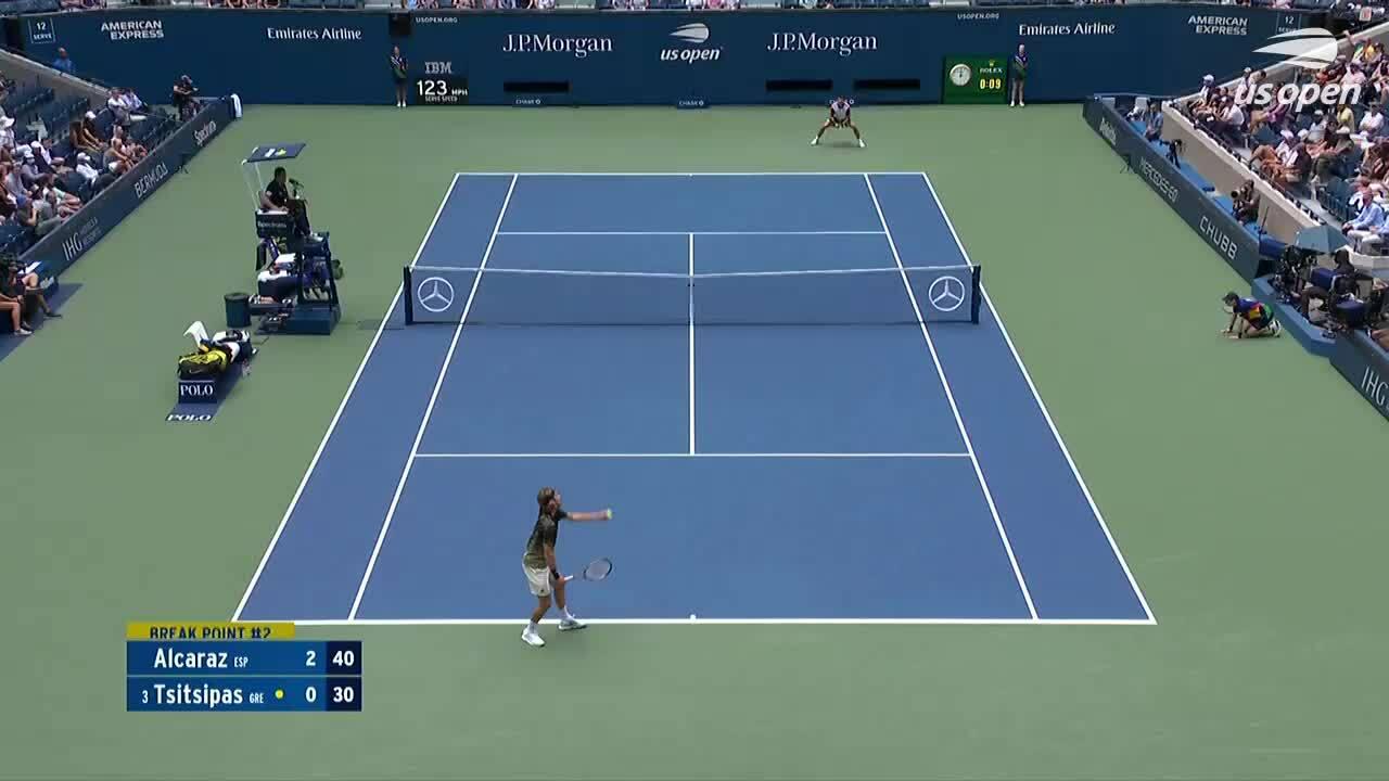 Tsitsipas thua tay vợt tuổi teen ở Mỹ Mở rộng