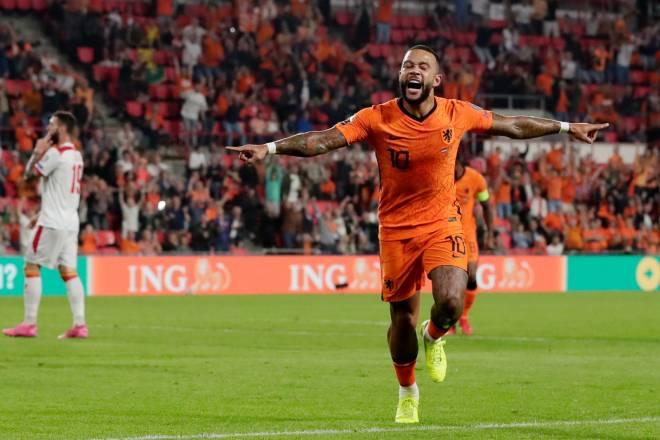 Hà Lan 4-0 Montenegro