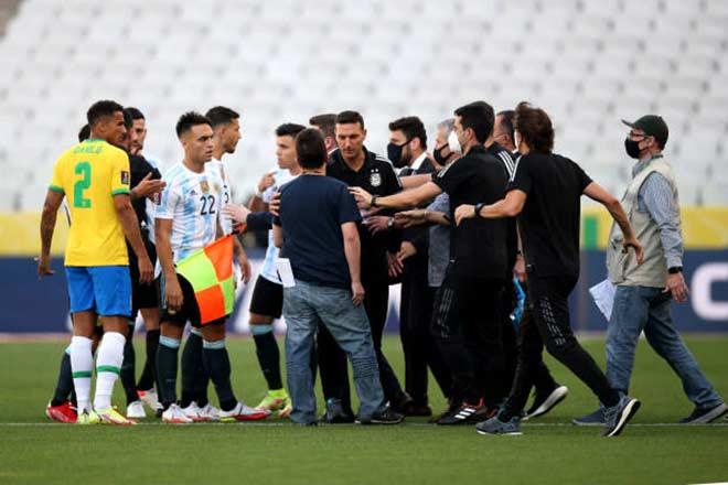 4 cầu thủ Argentina bị yêu cầu trục xuất vì khai báo y tế gian dối