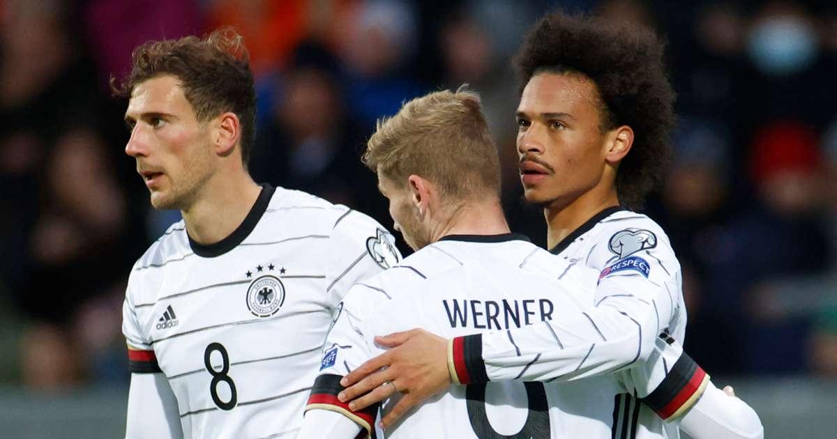 Ireland 0-4 Đức