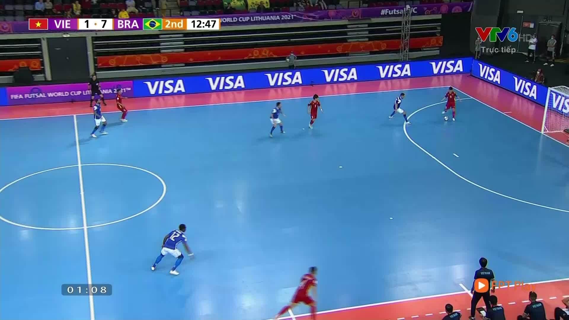 Brazil dẫn 8-1