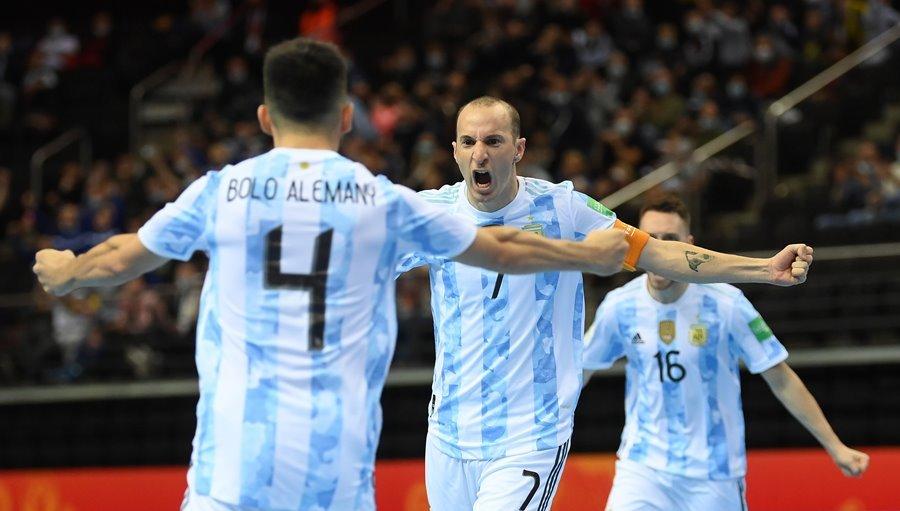 Nga 1-1 Argentina (pen 4-5)
