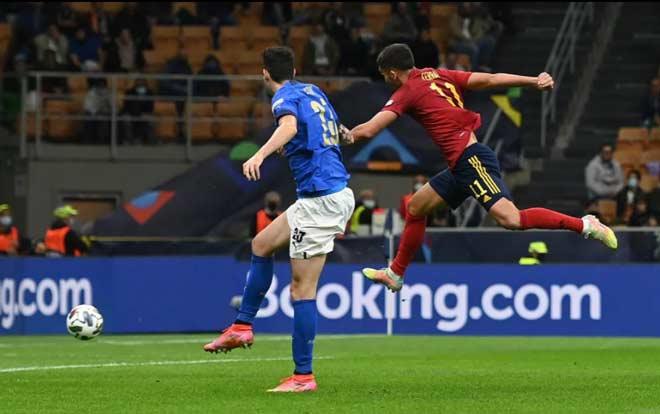 Italia 1-2 Tây Ban Nha