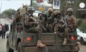 Cảnh sát ập vào trung tâm thương mại ở Kenya