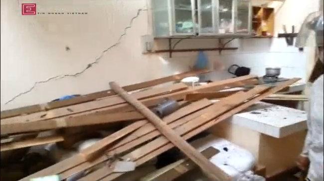 Các nhà dân trở thành đống đổ nát sau vụ nổ ở Thanh Ba