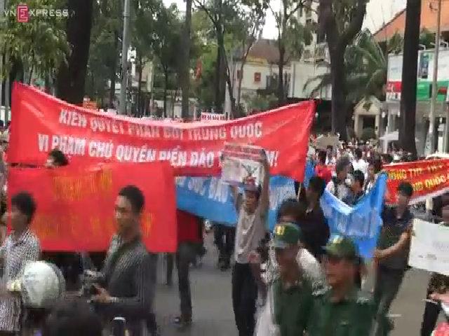 Người Sài Gòn xuống đường phản đối Trung Quốc