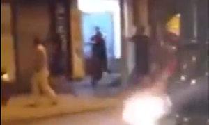 Nhóm thanh niên đuổi chém nhau giữa phố Hà Nội