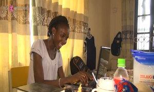 Ba sinh viên Nigeria nghỉ học để theo dõi Ebola