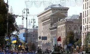 Quân đội Ukraine khoe sức mạnh