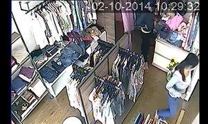 Chiêu trộm iPhone, iPad của nhóm nữ quái