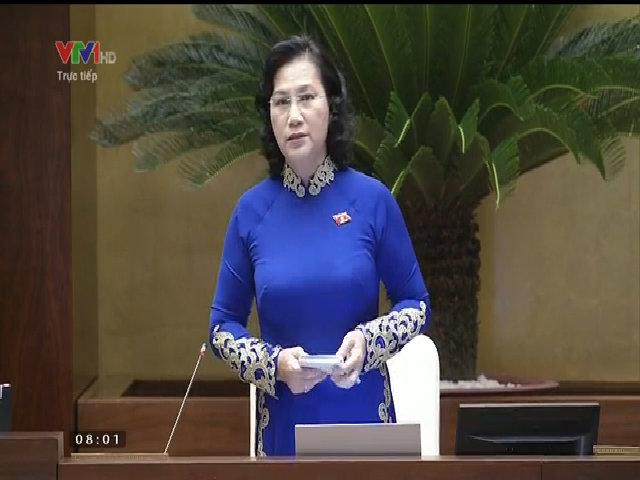 Quốc hội bắt đầu thảo luận về kinh tế xã hội