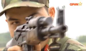 AK-47 đọ sức cùng M16