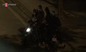 Gái mại dâm 'đứng đường' trên nhiều phố trung tâm Hà Nội